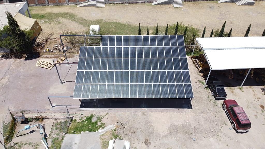 Paneles Solares En Pozo
